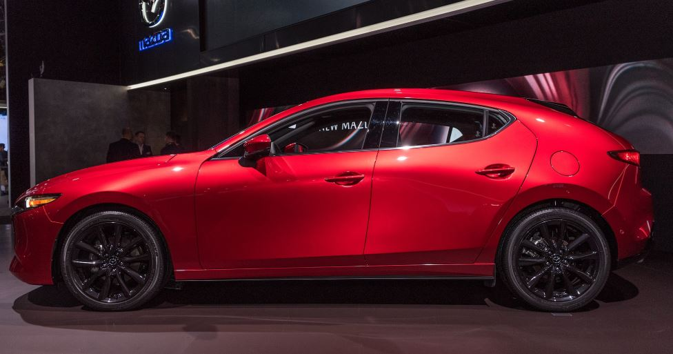 CMH Mazda Randburg- Red Mazda 3 Side View